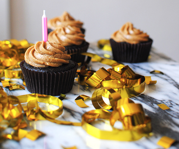 Flourless-Brownie-Cupcakes-Peanut-Butter-Frosting-in-post3